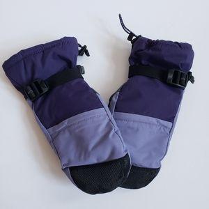 LL.Bean ladies Medium purple mittens